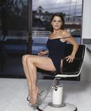 Neve Campbell Legs