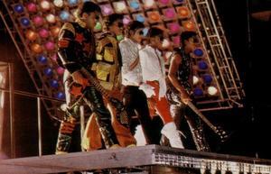 1984 VICTORY TOUR  Th_753922994_6884018690_a70a27acb0_o_122_29lo