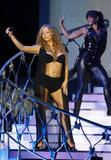 Mariah Carey Just one with her pooch Foto 720 (Марайа Кэри Лишь один со своей дворняжка Фото 720)