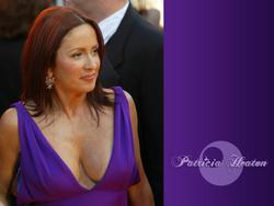 Patricia Heaton Wallpapers Th_83049_tduid1721_Forum.anhmjn.com_20101130090629006_122_372lo