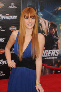 http://img11.imagevenue.com/loc45/th_246503771_Bella_Thorne_The_Avengers_Premiere_J0001_0011_122_45lo.jpg
