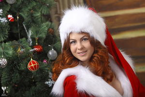 http://img11.imagevenue.com/loc46/th_531217193_silver_angels_Sandrinya_I_Christmas_1_039_123_46lo.jpg