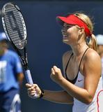 Maria Sharapova - Page 6 Th_24601_marias2_493lo