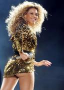 Beyonce nous montre ses fesses au Festival de Glastonbury | Sexy Black