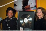 1983 - Thriller Certified Platinum  Th_579323346_185988_191228950909789_2948138_n_122_585lo