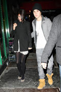 th 20939 Gomez11 123 72lo Selena Gomez   leaving a restaurant in Manhattan 02/12/12 x14Q
