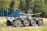 http://img11.imagevenue.com/loc406/th_83880_panhard_ebr_90_mod.f1_09_of_12_122_406lo.jpg